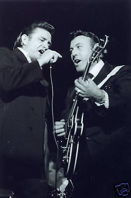 Johnny Cash and Carl Perkins Fantastic 10x8 Photo