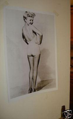 Betty Grable B/W Door Poster NEW