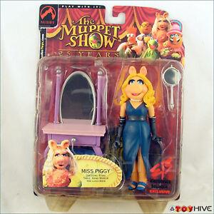 Muppets Palisade Miss Piggy EB Electronics Boutique Exclusive long hair version