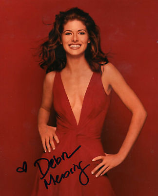 Debra Messing Will And Grace Signed 8X10 Picture
