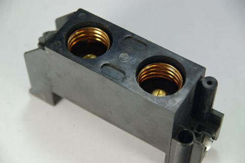 ITE 30 amp Fuse block, screw in for fuse panel