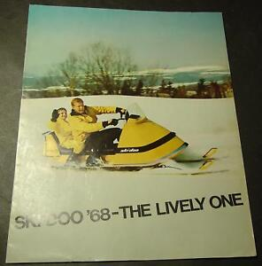 1968 SKI-DOO  SNOWMOBILE 8 PAGE SALES BROCHURE NICE  new products novelty items
