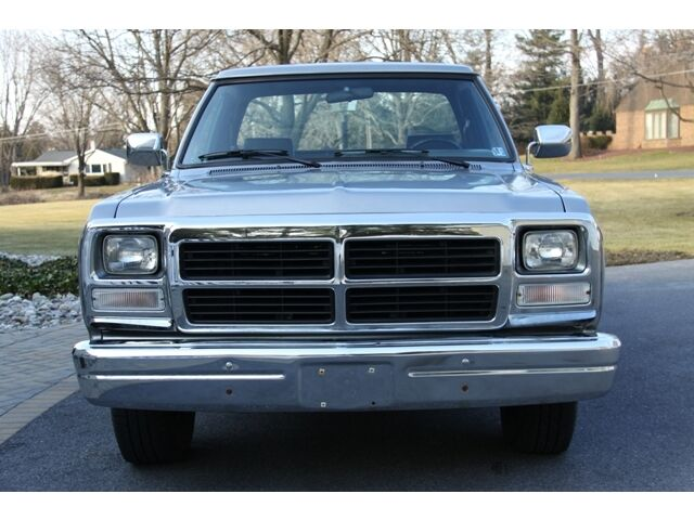 1991 Dodge Ram 250 RegCab 2WD 5.9L CUMMINS TURBO DIESEL