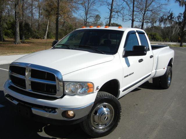 2004 Dodge Ram 3500 Quad Cab SLT Diesel 4x4 6 Speed !!
