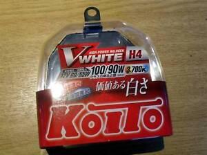 Bulbs-Koito-V-White-H4-Halogen-Vwhite-90-100W-pair