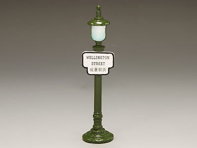 Hk196 Lamppost wellington Street By King & Country