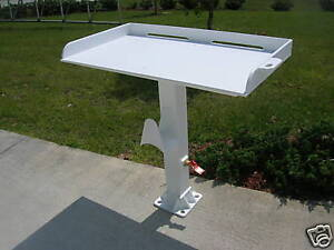 Rough-Water-Pedestal-Fish-Cleaning-Fillet-Table