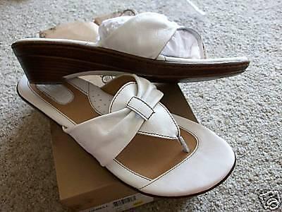 Born White bluebell Sandals Womens 11