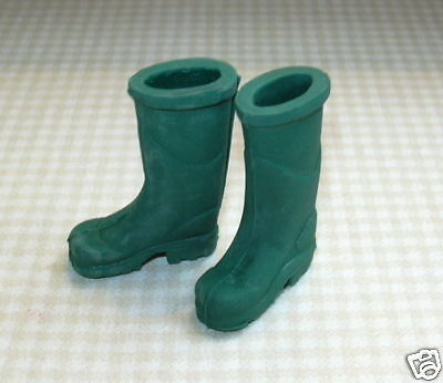 Miniature Rubber Work Boots/galoshes, Green: Dollhouse Miniatures 1/12 Scale
