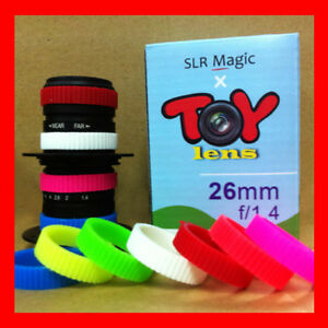 SLR-Magic-x-Toy-Lens-26mm-f-1-4-lens-w-Macro-EPL2-GF2