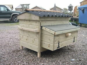 Brecon-Poultry-Chicken-Housing-Unit-with-Nest-Boxes
