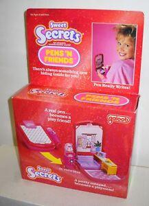 23-NRFB-Vintage-Galoob-Sweet-Secrets-Pens-N-Friends-Be-Write-Bear-Playset