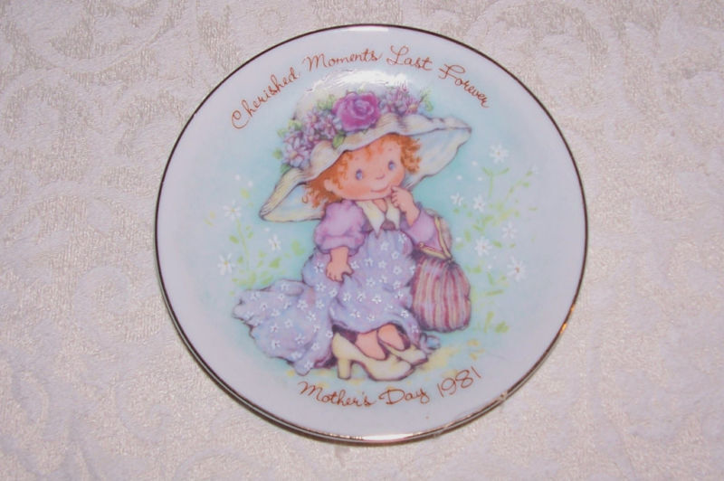Avon Mothers Day Collectors Plate 1981 Cherished Moments Last Forever