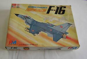 1-72-PM-MODEL-F-16-FIGHTING-FALCON-CACCIA-BOMBARDIERE-MIG-KILLER-C-NUOVO