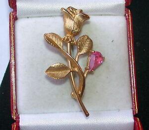 Vintage-Gold-Rose-Flower-Pink-Rhinestone-Brooch-AVON