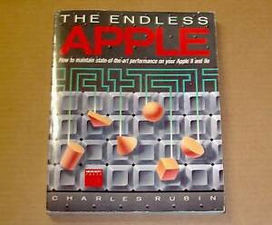 VERY-RARE-Classic-Apple-II-Book-by-Microsoft