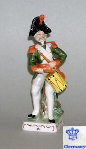 9942022-Porcelain-Figurine-Wagner-amp-Apel-Soldier-Des-19-Jh-H20cm