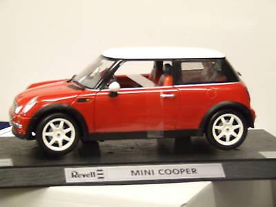 Mini Cooper 1/12ème Rouge / Toit Blanc, Revell 08453 - Parties Mobiles Neuve
