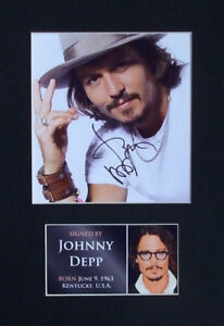 Johnny-Depp-Signed-Mounted-Photo-Display-2