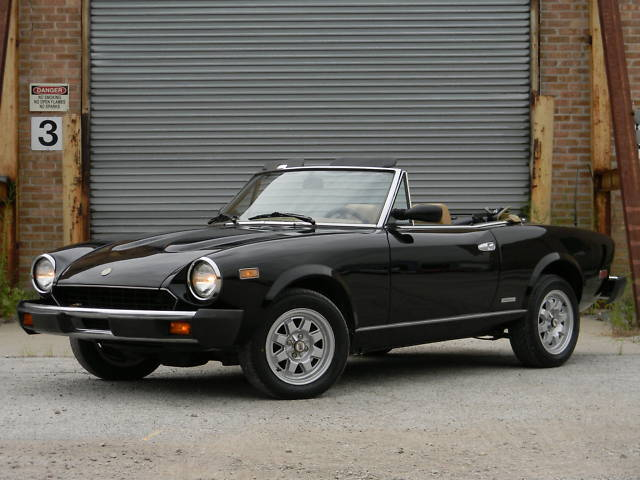 Image 1 of Fiat: Other spider Black