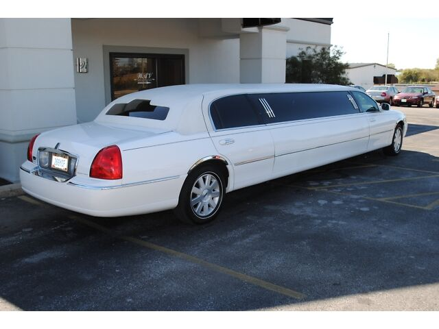 LIMO, LIMOUSINE, STRETCH, SUPER STRETCH, LINCOLN STRETC