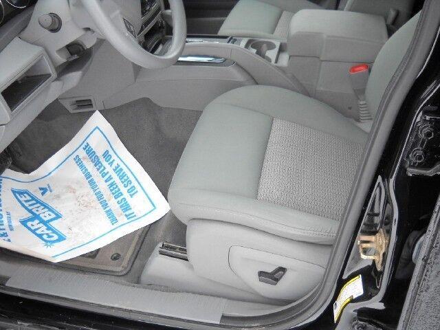 Picture of a Laredo SUV 3.7L CD 4X4 Traction Control Aluminum Wheels
