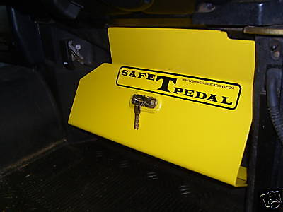 LAND-ROVER-DEFENDER-SECURITY-SAFE-T-PEDAL-HEAVY-DUTY-LOCKS