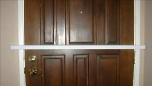 Bar-ricade-Door-Security-Bar-Strongest-and-Easiest-to-Install-As-seen-on-Nat-Geo