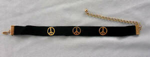 EXCEPTIONALLY-RARE-DEADSTOCK-1960S-PEACE-SIGN-CHOKER