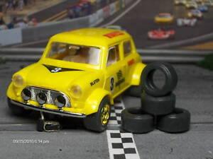 URETHANE-SLOT-CAR-TIRES-2pr-fit-SCX-Mini-Cooper-034-S-034