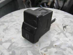 VW-Polo-86C-Schalter-Heckscheibenheizung