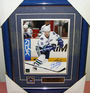 Cody-Hodson-Vancouer-Canucks-Autograph-8x10-Framed-Pic