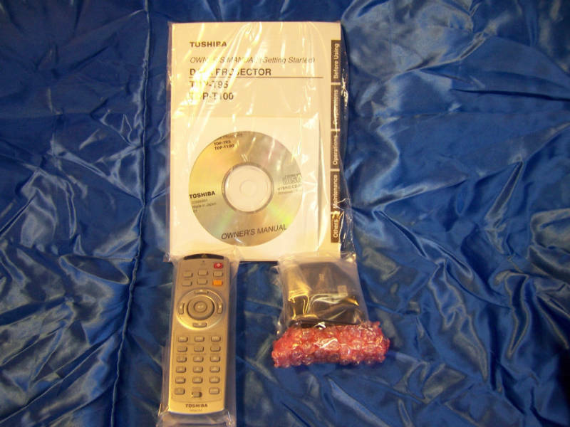 Toshiba Projector Remote & Air Mouse For Tdp-t95 -t100 Wi...