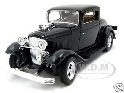 1932 FORD COUPE BLACK 1:24 DIECAST MODEL CAR BY MOTORMAX 73251