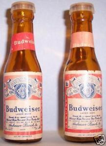 Budweiser-Beer-Bottle-Salt-amp-Pepper-Shakers-1295