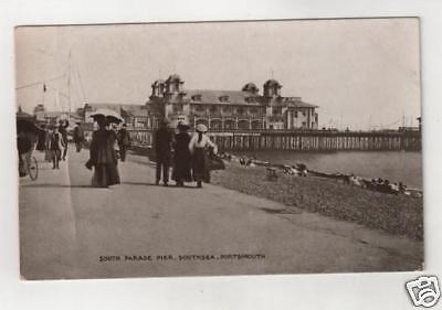 HAMPSHIRE - SOUTHSEA, SOUTH PARADE PIER Postcard *