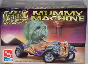 HORROR-MUMMY-MACHINE-PLASTIC-MODEL-KIT