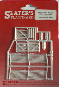 Slaters 4A06 Vertical Ramp Fencing White 00 New Carded 1St class Post