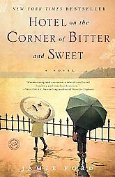 Hotel-on-the-Corner-of-Bitter-and-Sweet-Jamie-Ford-Paperback-2009