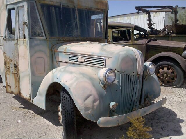 Express Cargo Van, Antique, Collectors Hot Rod Project