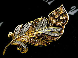 SIGNED-SWAROVSKI-LEAF-PIN-BROOCH-RETIRED-RARE-NEW