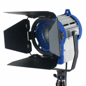PRO-as-ARRI-650W-video-lighting-Fresnel-Tungsten-Light-Spotlight-650-watts-bulb
