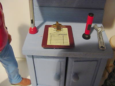 Clipboard with Workorder - 1/18 Diorama