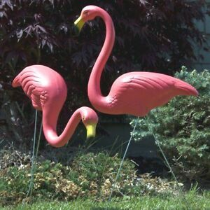 2 Pink Flamingos Don Featherstone Lawn Ornament Ebay