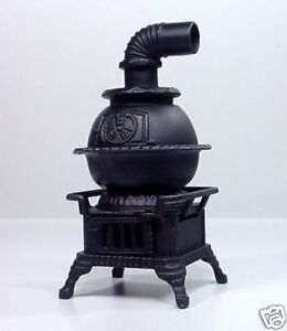 POTBELLY-STOVE-MINIATURE-DIECAST-1-24-SCALE-G-SCALE-DIORAMA-ACCESSORY-ITEM