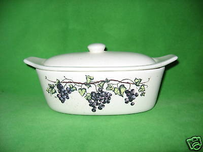 BEAUTIFUL  GRAPE  CLUSTER   BUTTER  BOAT  KEEPER    MADE  IN  USA