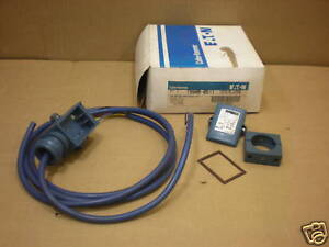 1 NIB CUTLER HAMMER 1550B-6511 1550B6511 SENSOR 90-132 VDC 6 FT CABLE SERIES B2