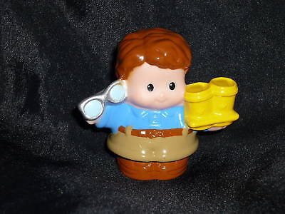 Fisher Price Little People Dad Man W Drinks Glasses