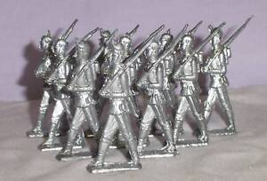 LOT OF 10 OLD ANTIQUE HAND MADE CAST LEAD TOY SOLDIERS