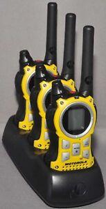 3-Motorola-MR350-MR560-FRS-GMRS-2-WAY-Radio-Walkie-Talkie-Ni-MH-Weather-VOX-QT